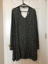 XL maternity tops (4) and dress (1) mother hood maternity and gap. All new or like new  Sycamore, 60178