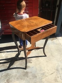 brown wooden end table with drawer 3770 km