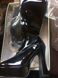 Brand new pleasers boots size 8. never touched the floor Abbotsford