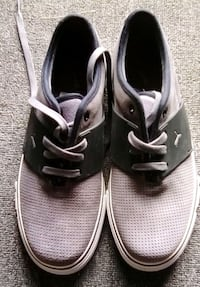 pair of gray-and-white low top sneakers Apple Valley, 92307