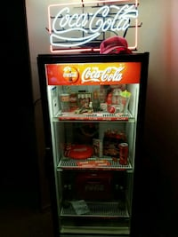 Coca-Cola pop cooler lights and works great Toronto, M5R 1J8