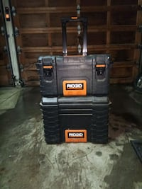 Rigid mobile tool box storage