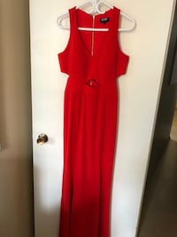 Red dress size 10 Toronto, M9A 4Y5