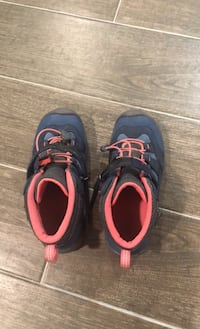 Keen Hiking Shoes for kids