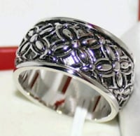 silver and black cabochon ring Las Vegas, 89121