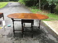 Looking for info about this gate leg table Saylorsburg, 18353