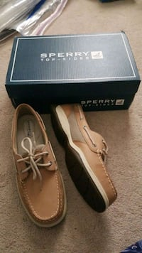 Sperry 7.5 Brand new