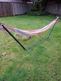Like new Hammock with stand