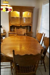 Solid oak table, chairs & hutch