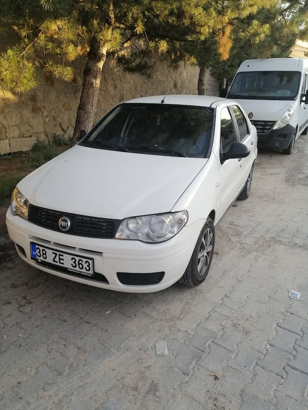 2011 Fiat Albea Sole 1.3 MJT 70 HP DYNAMIC CD Plus Paketli 86ca7e82-20cf-4665-9302-51965d883db2