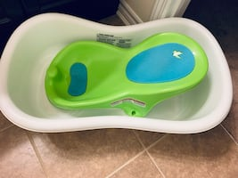 Infant bathtub