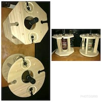 Wine holder   it hold up to 4 glasses and spins  East Chicago