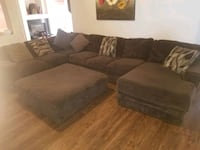 BROWN SECTIONAL WITH CHASE!! Henderson, 89074