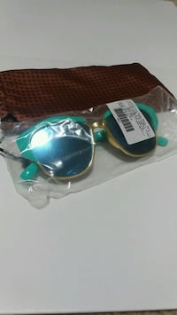 gold-framed sunglasses pack Milton, L9T 6X5