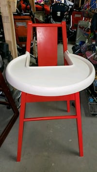 High chair sale 20% off @ clic klak used toy wareh Mississauga, L4X 2S3