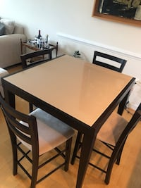 Expandable dining table with 4 chairs Vienna, 22182