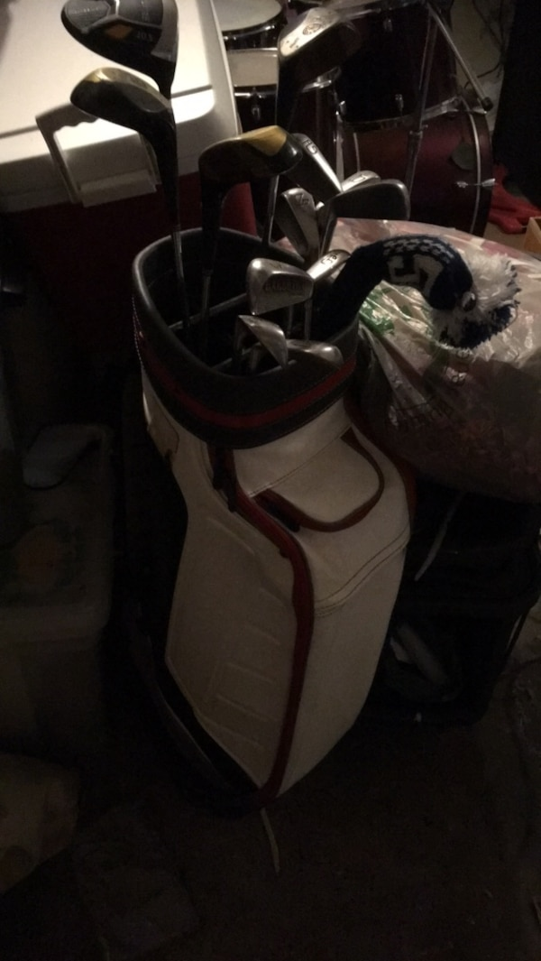 Spalding Executive Golf clubs and bag