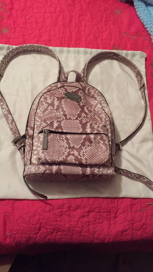 Used Michael Kors for sale in Covington - letgo 2ffd7746f5