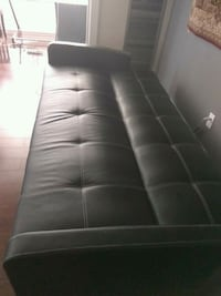 black leather tufted sofa chair Mississauga, L5B 3Z1