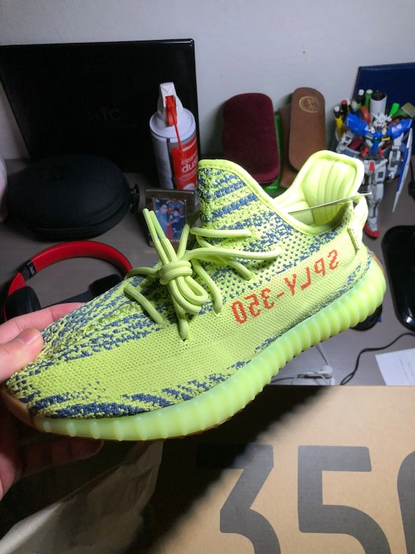 2958406e06a2f Used Yeezy Boost 350 V2 Semi Frozen Yellow Size 10.5 for sale in Daly City  - letgo