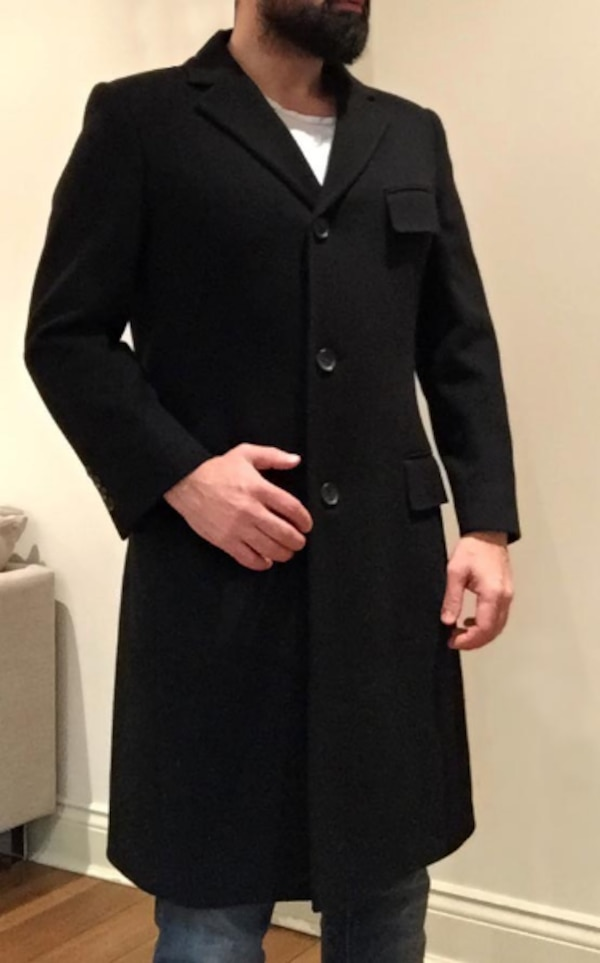 86beb37e55762 Used GUCCI Authentic 48TDFO Black Wool Coat -M for sale in London - letgo