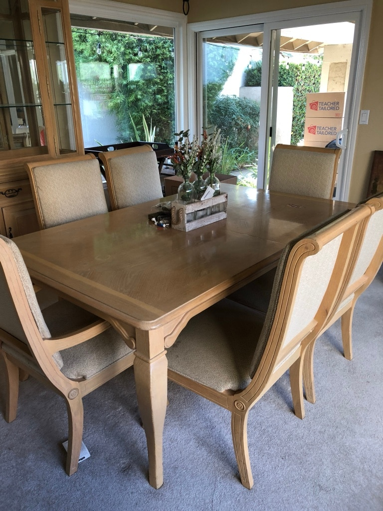begagnad thomasville white oak dining table with 8 chairs and 2 rh se letgo com