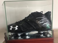 Game worn Ray Lewis Autographed Cleat!  Baltimore, 21201