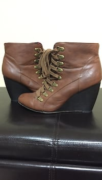 Madden Girl Brown Wedge Booties Size 9 Coquitlam, V3K