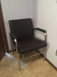 Salon equipment booster chair, sink and reclining chair  Maple Valley, 98038