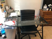 L shaped glass desk, with computer chair and keyboard Fredericksburg, 22406