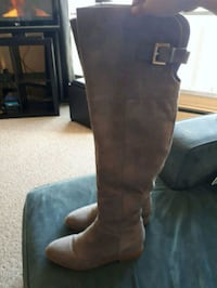 pair of brown leather thigh-high boots Edmonton, T5B 2W3