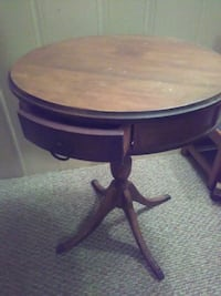 Side table 389 mi
