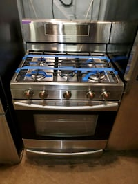 SAMSUNG convection oven gas stove stainless Steel working perfectly  Baltimore, 21223