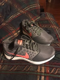 Brand new Nike running shoes, Women's  College Park, 20740