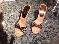Aldo pair of brown leather open toe sandals Toronto, M5V 2M9
