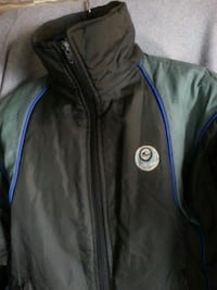 black and blue zip-up jacket Gatineau, J8Z 1G4