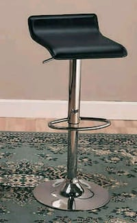 3 adjustable stools San Leandro, 94579