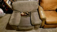 brown and gray fabric padded armchair Gardner, 01440