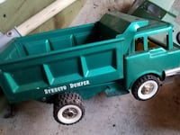 green Structo Dumper toy Columbia, 21044