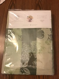 Green and brown Jacquard tablecloth brand new