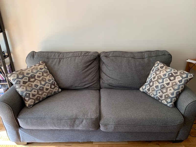 Cozy Sofa with two cushions 0