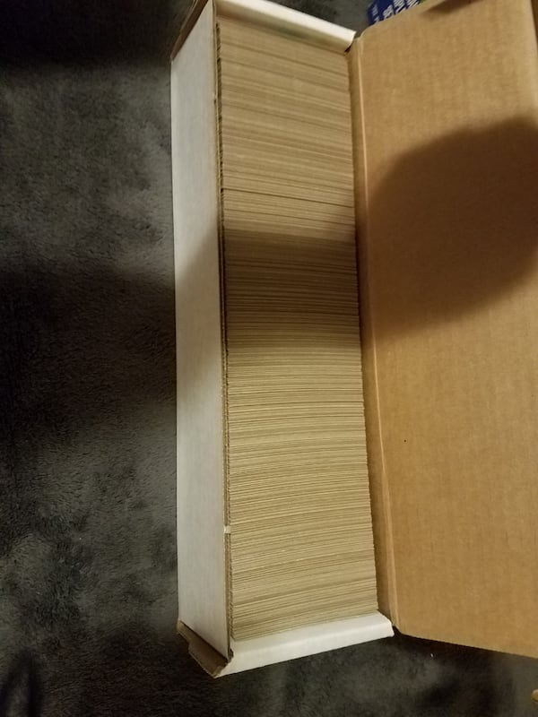 2 complete sets of 1987 1988 topps baseball cards  a039d828-3d86-4b9c-a1ef-033444f0df55