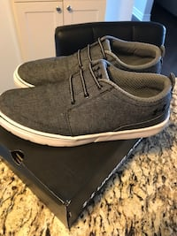 pair of black-and-white low top sneakers Ottawa, K1T