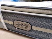 queen mattress extra thick. high quality serta poc Edmonton, T5P 2X2