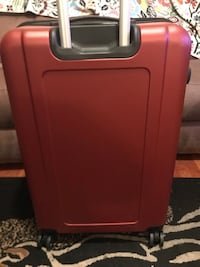 "Brand new (never used) 28"" Hardside Suitcase Chicago"
