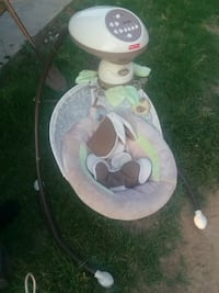 baby's white and gray cradle n swing