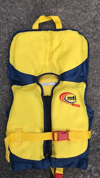 Yellow and blue mti life vest Maryville, 37803