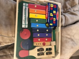 Melissa and Doug band set