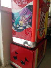 1991 Paul f l u m Coca-Cola jukebox cooler Toronto, M5R 1J8