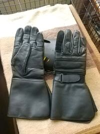 LEATHER MOTORCYCLE RIDING GLOVES...XL